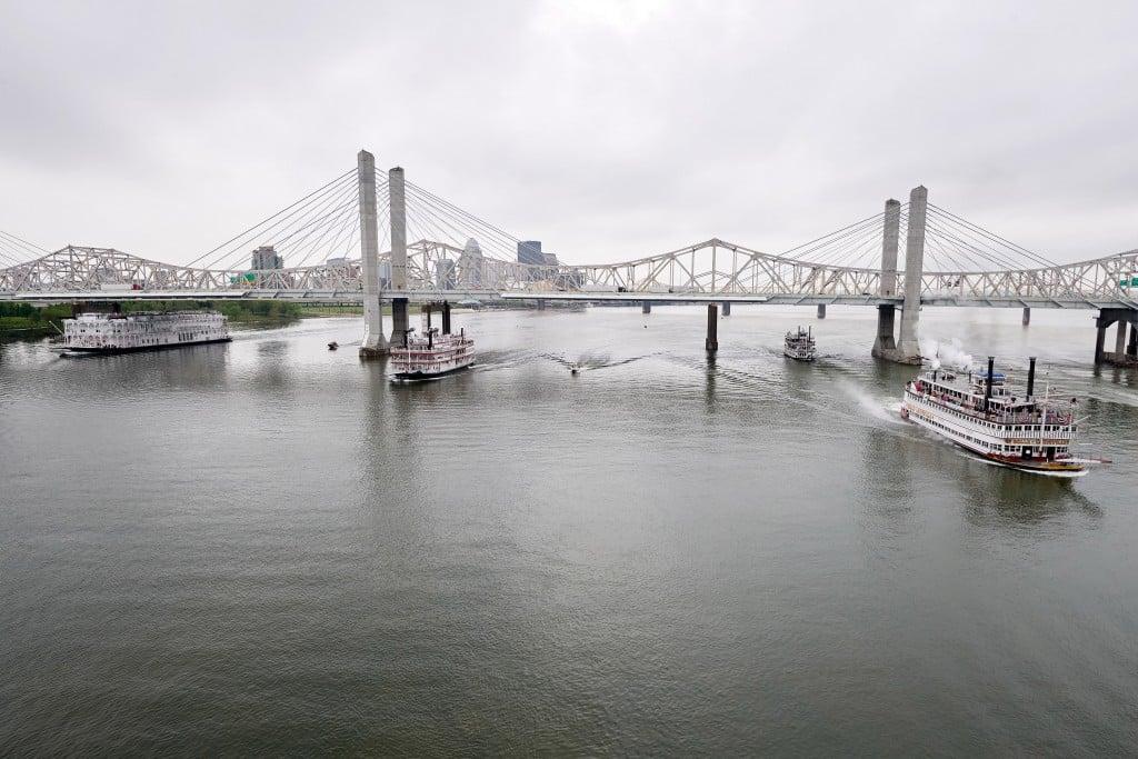 Belle of Louisville wins 59th Great Steamboat Race as part of Kentucky Derby Festival 4-28-21