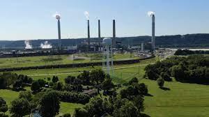 long range shot of LG&E power plant in Louisville