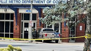 Pickup truck crashes into Louisville Metro Corrections building 7-13-21
