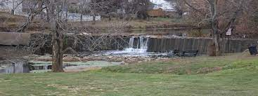 Dam at Great Crossing Park in Scott County