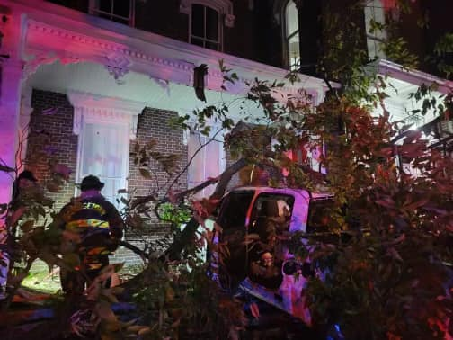 Jesse Deskins crashes into The House on Main Airbnb in Georgetown on 9-30-21 while running from deputies