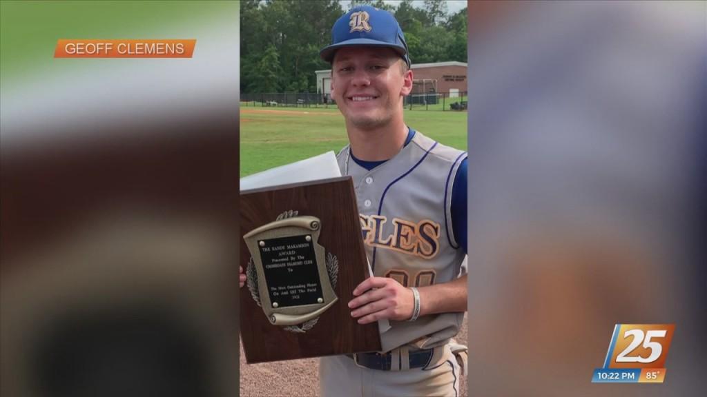 Resurrection Catholic Baseball's Will Clemens Receives Randy Makamson Award