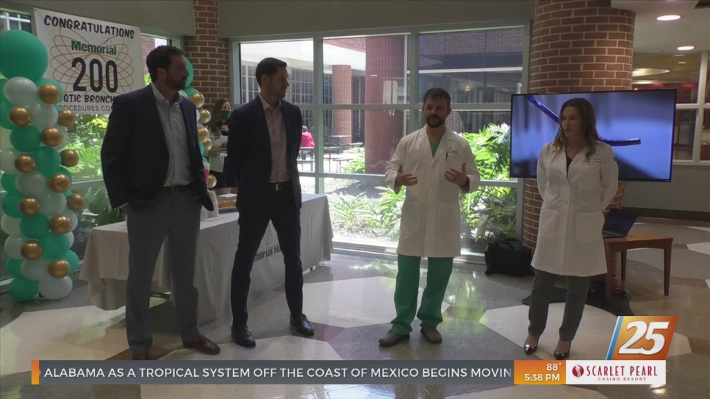 Memorial Hospital Celebrating 200th Robotic Bronchoscopic Case