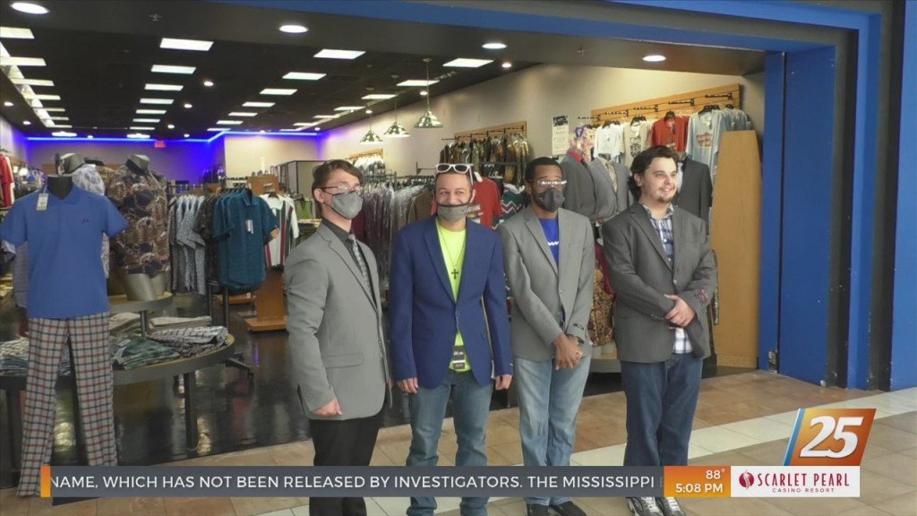 Jackson County School District Superintendent Helps Students Dress For Success