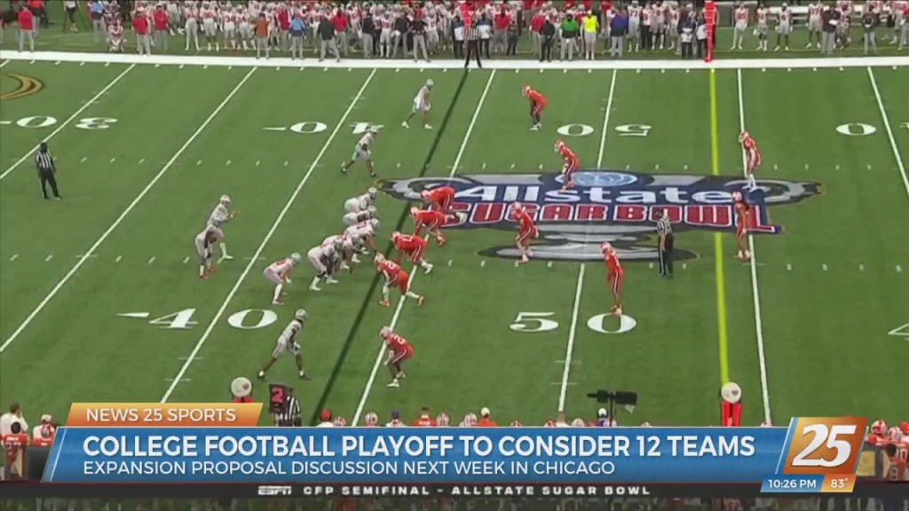 College Football Playoff To Consider 12 Teams