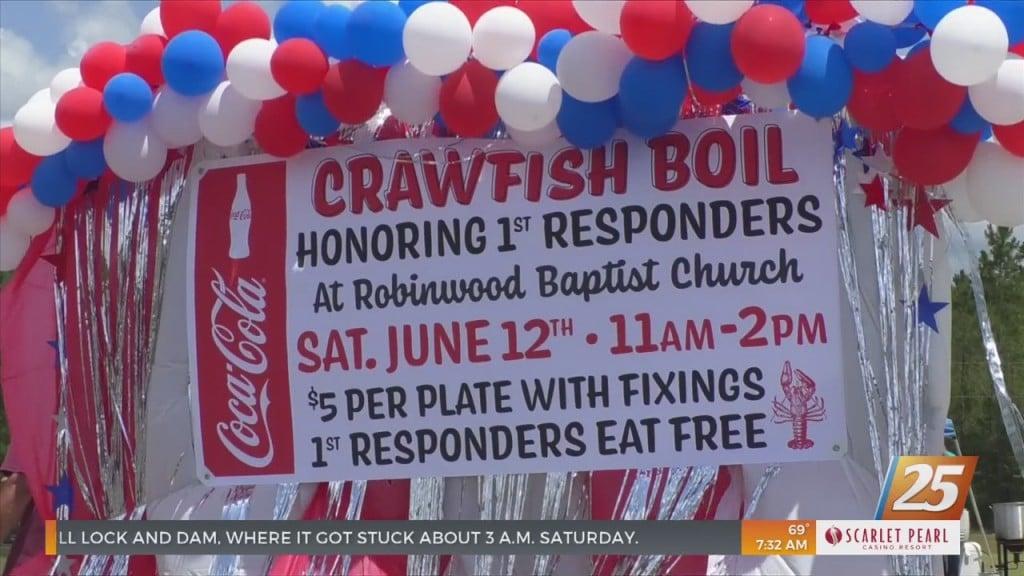 Robinwood Baptist Church Held Crawfish Boil Honoring First Responders