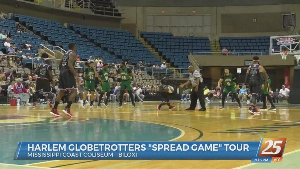 Harlem Globetrotters Stop At The Coast Coliseum
