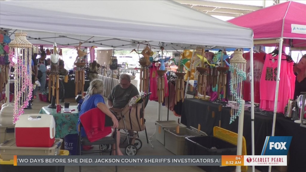 Christmas In July Arts And Crafts Fair In Pascagoula