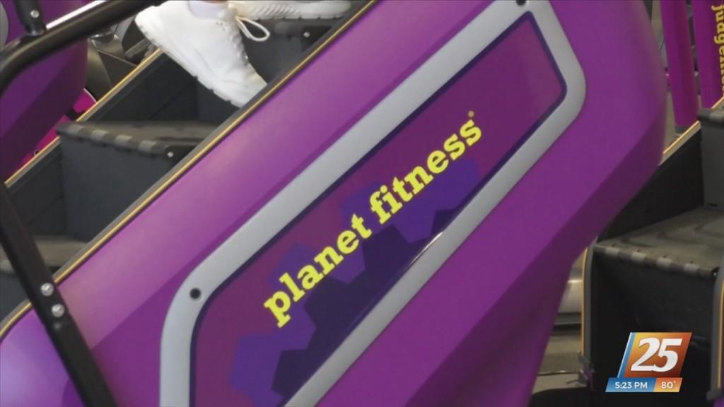Gulfport Planet Fitness Celebrates Club Updates