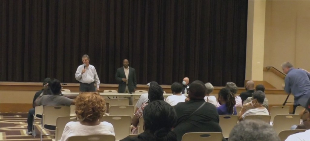 Biloxi Community Comes Together To Discuss Recent Gun Violence