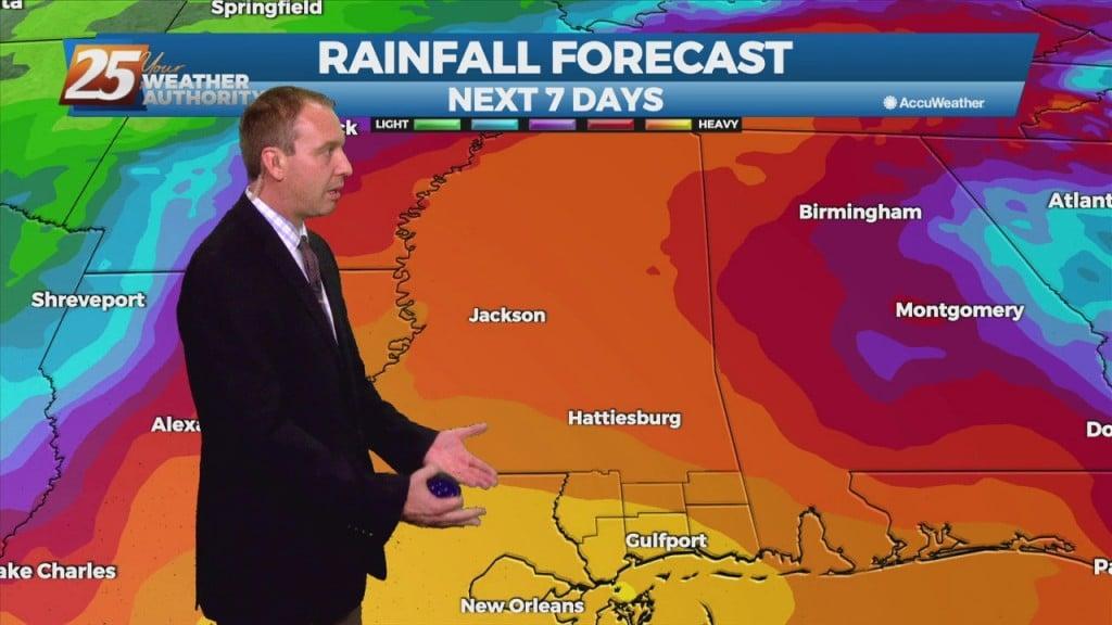"08/26 Ryan's ""hurricane Watch"" Thursday Night Forecast"