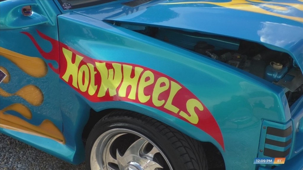 Wiggins Man Competing In Hot Wheels Car Competition