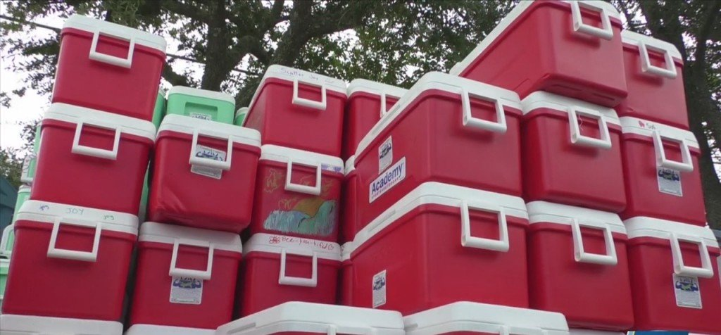 Comeback Coolers Bringing Aid To Tennessee Flood Victims