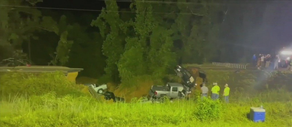 Highway 26 Collapse In George County