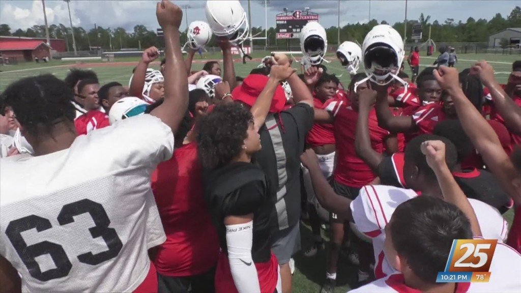 News 25's 25 Teams In 25 Days: Harrison Central Red Rebels