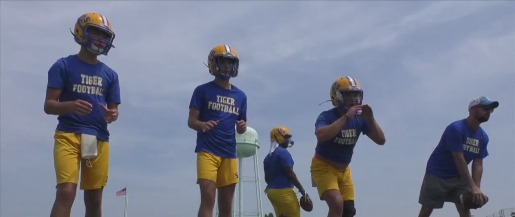 News 25's 25 Teams In 25 Days: Bay High Tigers
