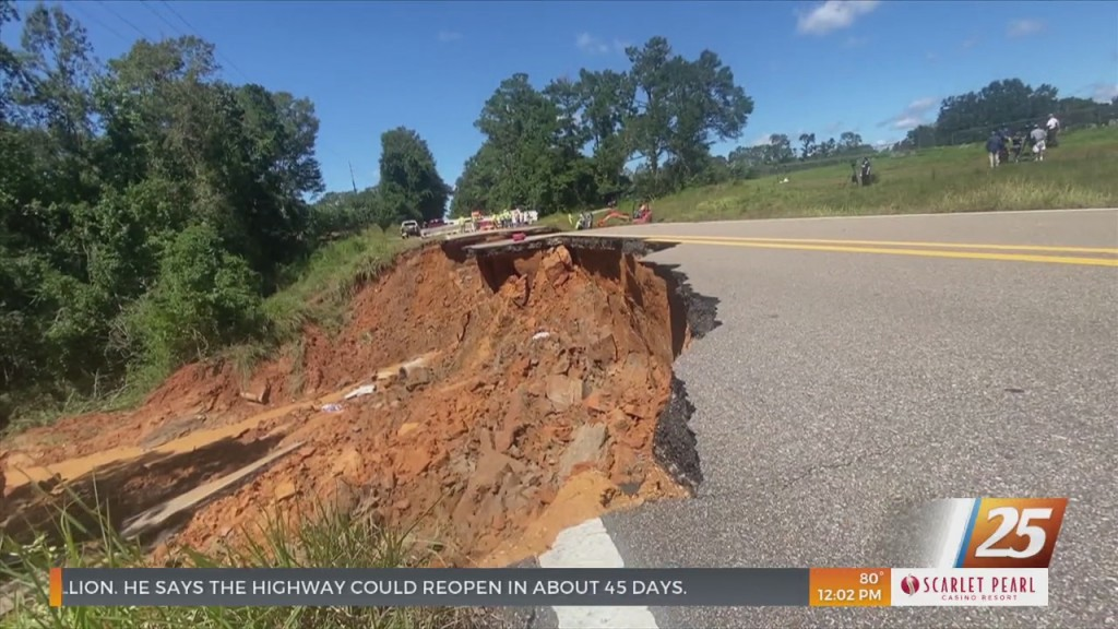 Mississippi To Start Rebuilding Collapsed Portion Of Highway 26