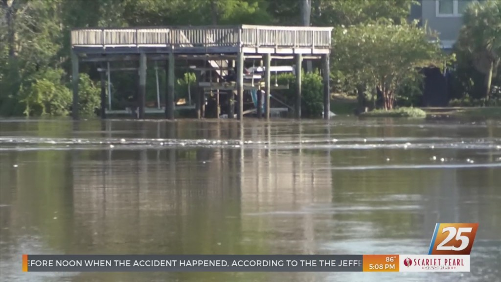 Biloxi Residents Dealing With River Flooding