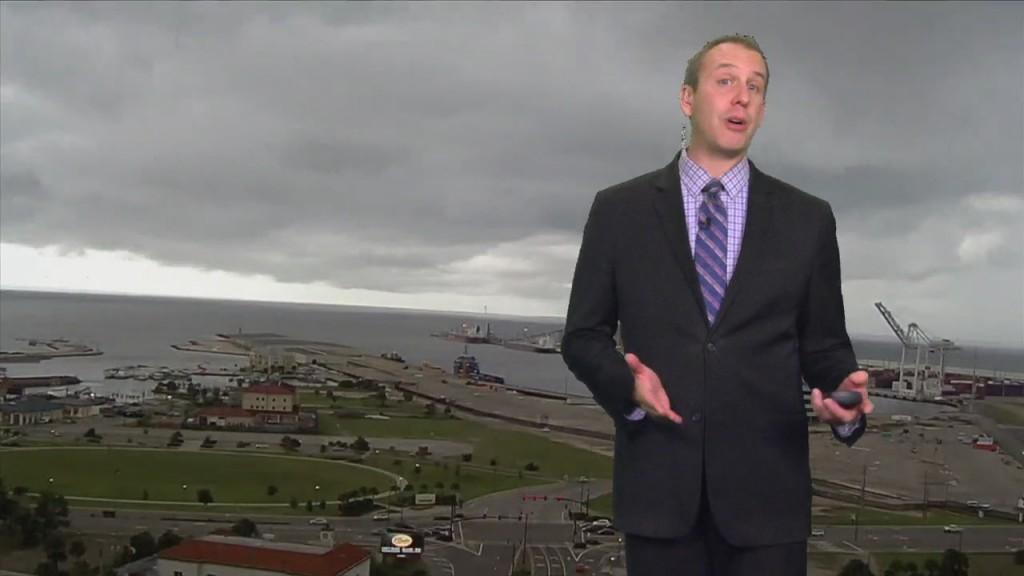 """09/29 Ryan's """"soggy"""" Wednesday Night Forecast"""
