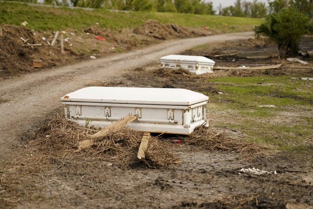 211012 Displaced Caskets Louisiana Ida Jm 0712