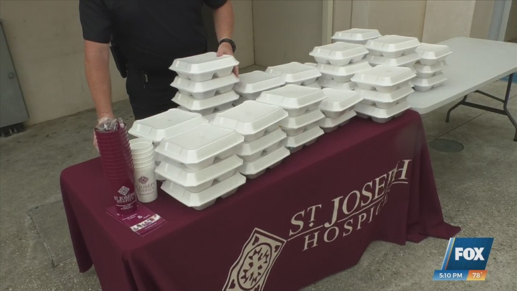 St. Joseph Hospice Serves Gulfport Police Free Lunch