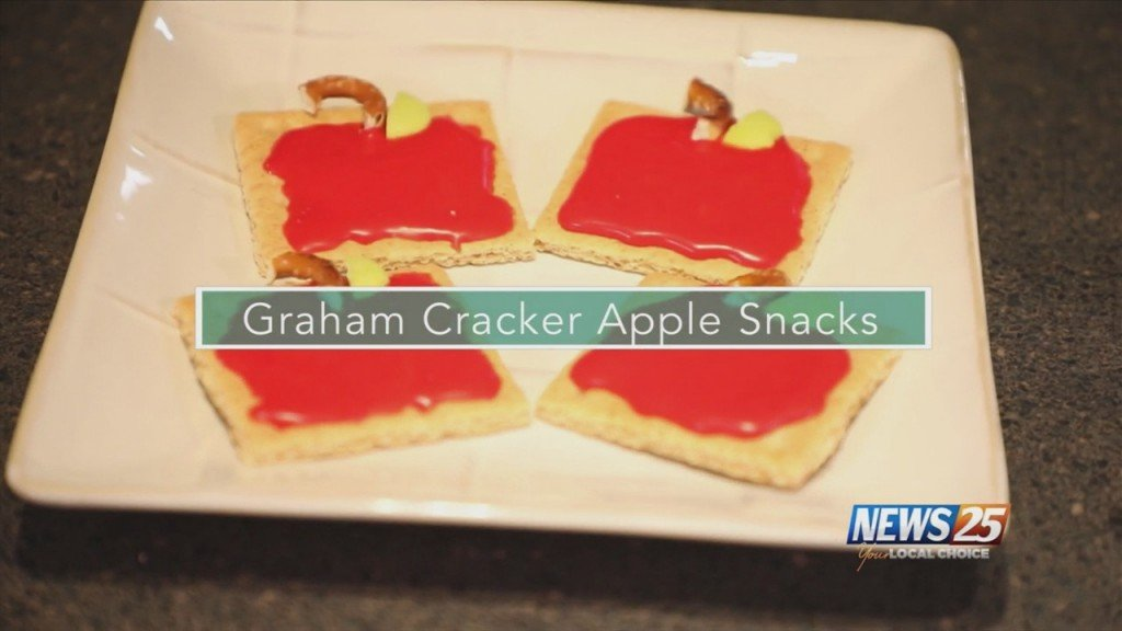 Mom To Mom: Graham Cracker Apple Snacks