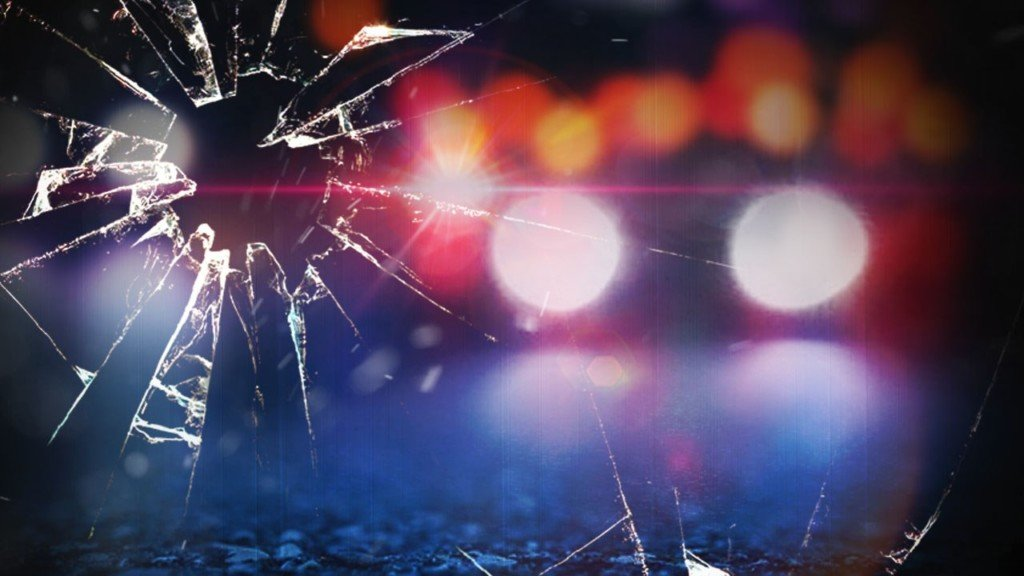 3 including child injured in crash near Toppenish