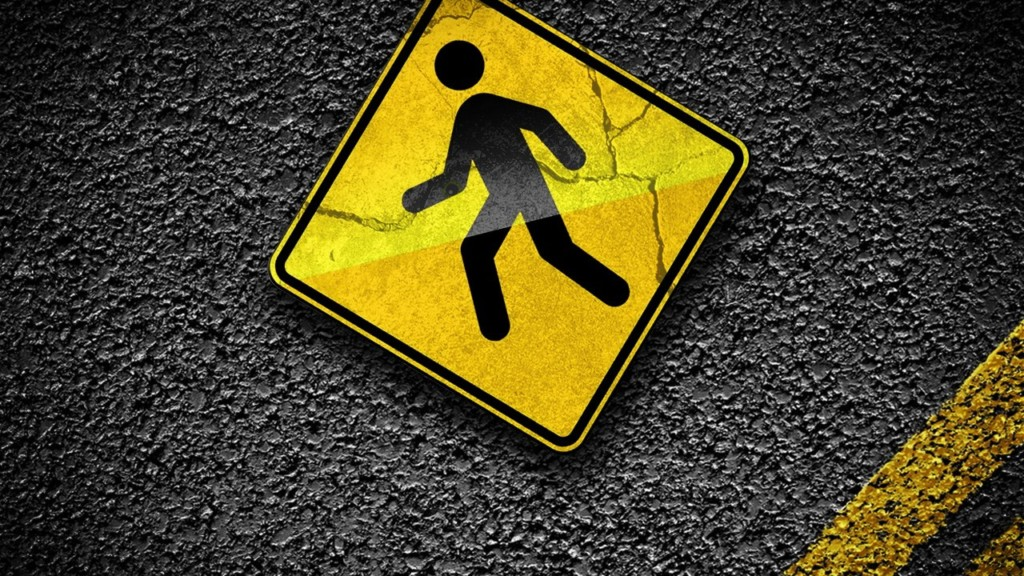 Elderly man hospitalized after hit by Yakima police vehicle while crossing street