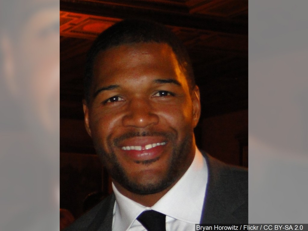 "Michael Strahan leaves ""LIVE with Kelly and Michael"" to join GMA full time"