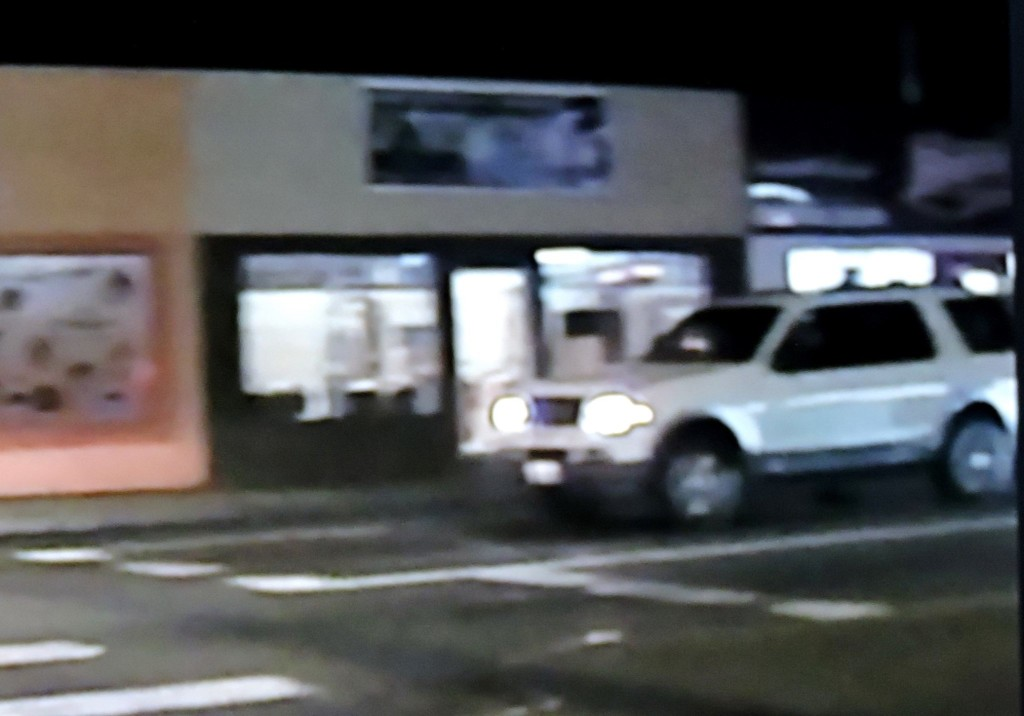 Pasco Police, Richland Police searching for stolen SUV