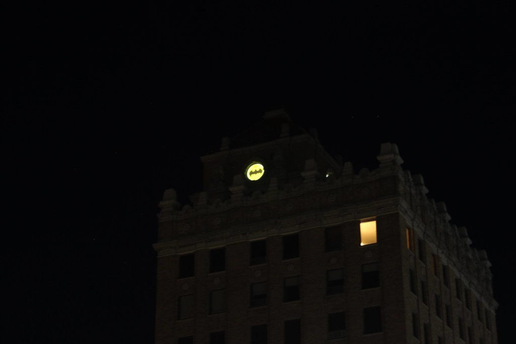 Bat signal lights up Walla Walla sky in honor of hometown hero
