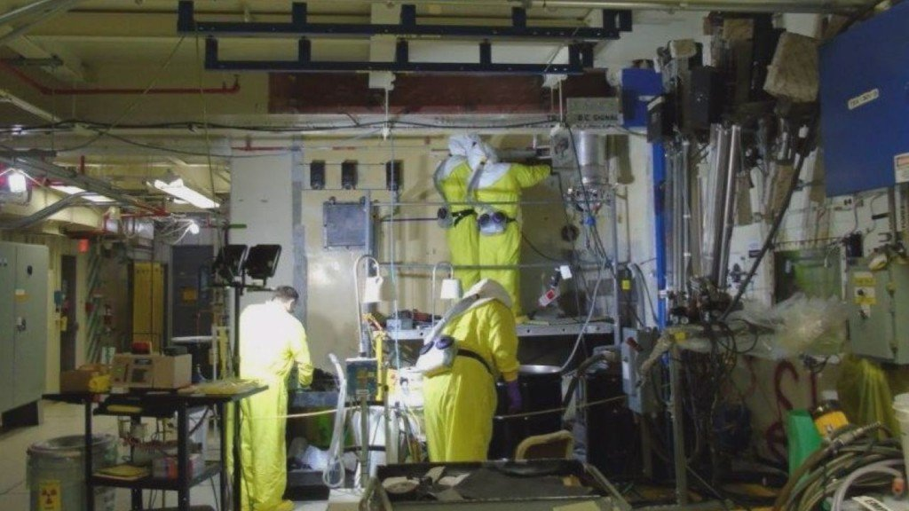 Contamination found twice at Hanford building temporarily stops work