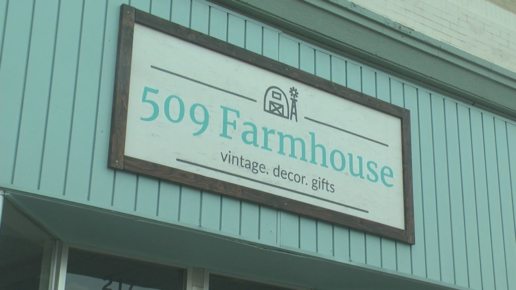 509 Farmhouse vintage shop thrives during first week in Kennewick