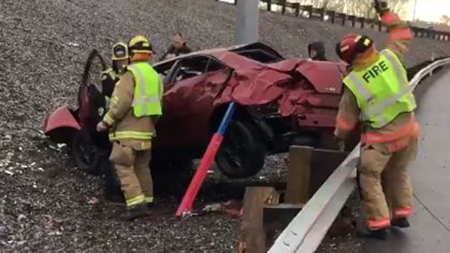 Pasco woman injured in rollover by the Blue Bridge