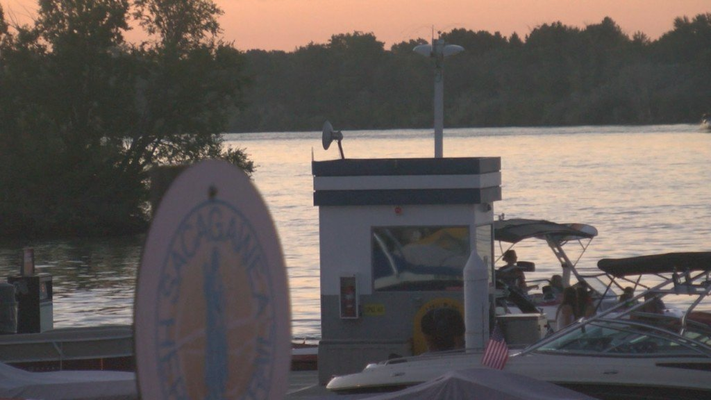 Benton County Sheriff's Office spreads boater safety awareness