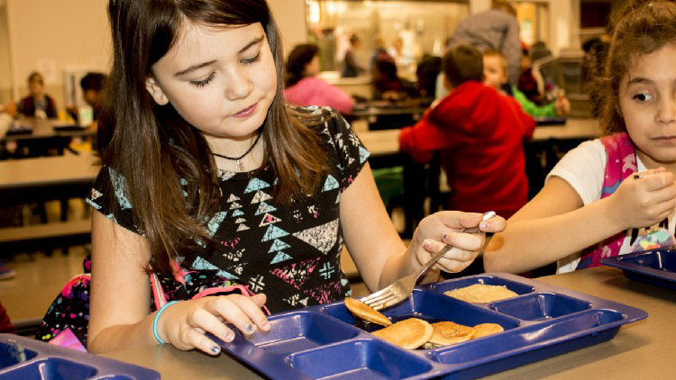 New law offers 'Breakfast After the Bell' program to low-income students
