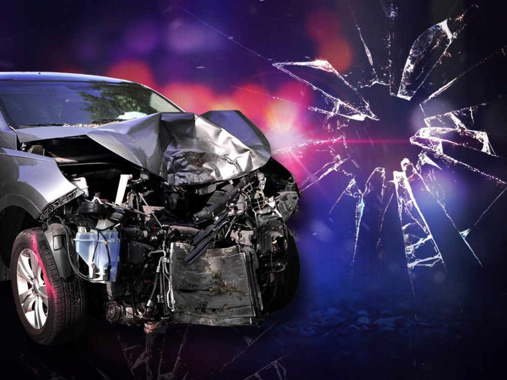 89-year-old woman injured in crash near Selah