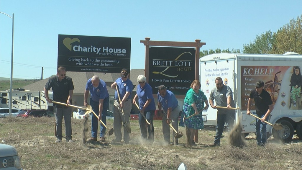 Tri-Cities home builder to donate all proceeds from new house to charity