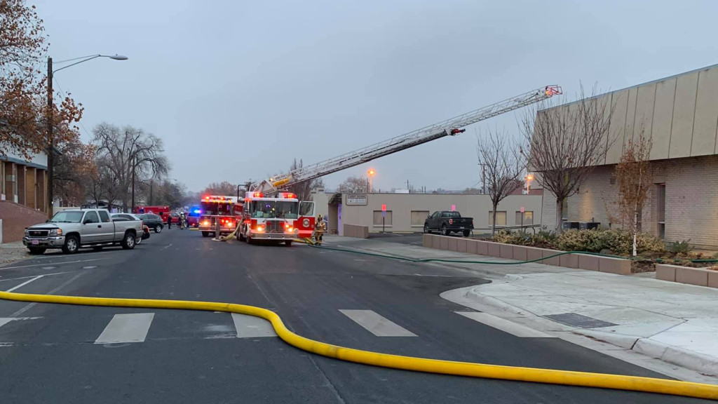 Crews put out fire at Hermiston City Hall