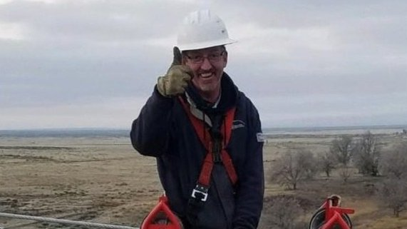 Husband, father of 5 dies while working on power line near Hanford