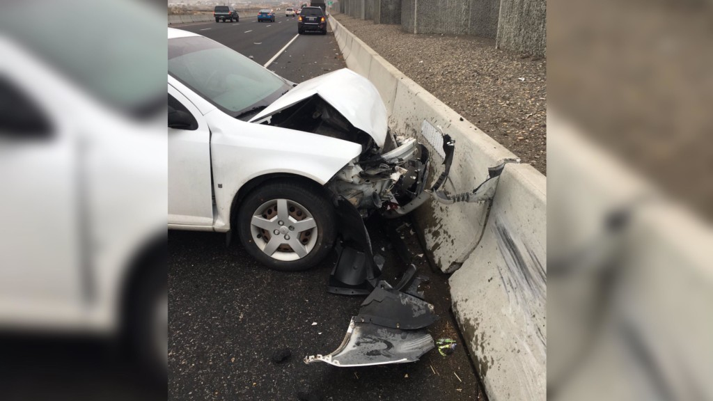 Washington State Patrol investigating four-vehicle crash along SR-240 westbound