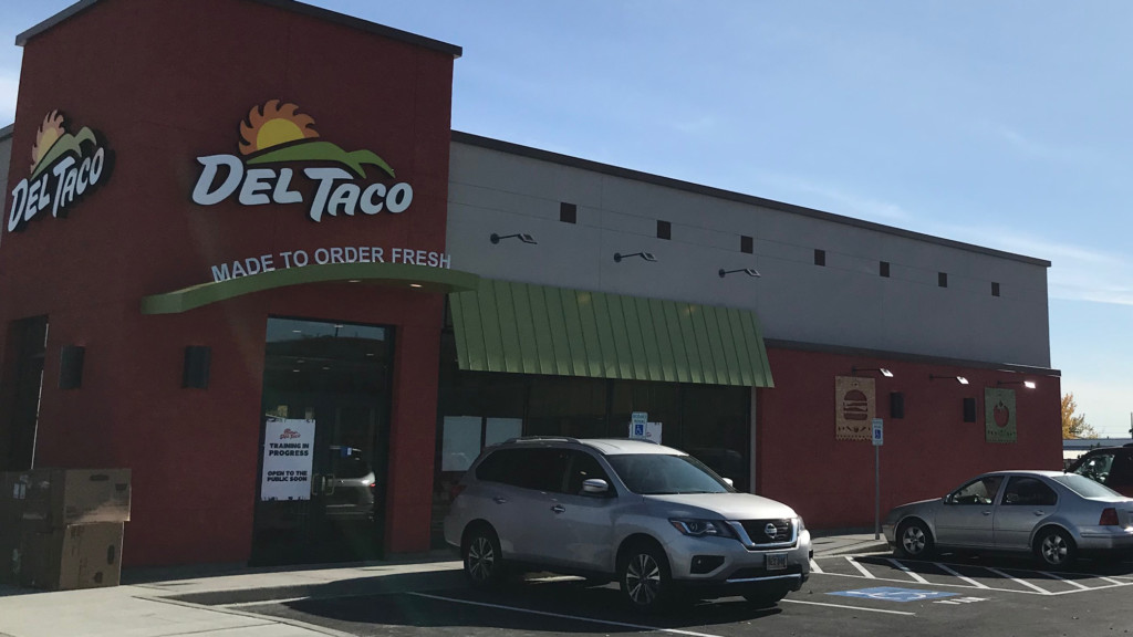 Del Taco opens in Richland on Wednesday