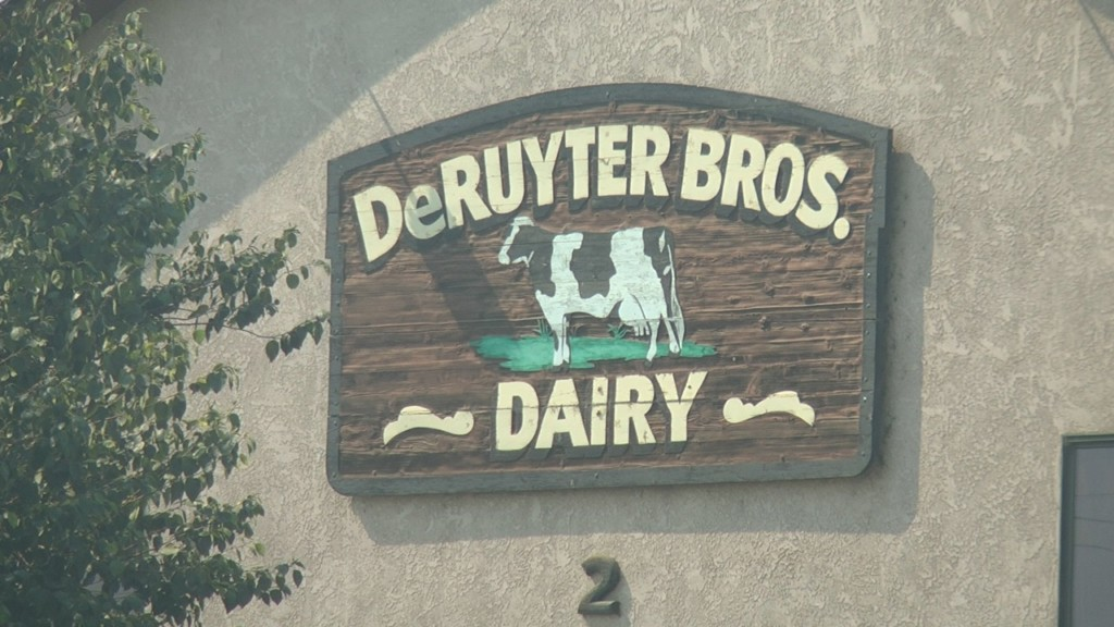 Preliminary settlement approved for Dairy Workers
