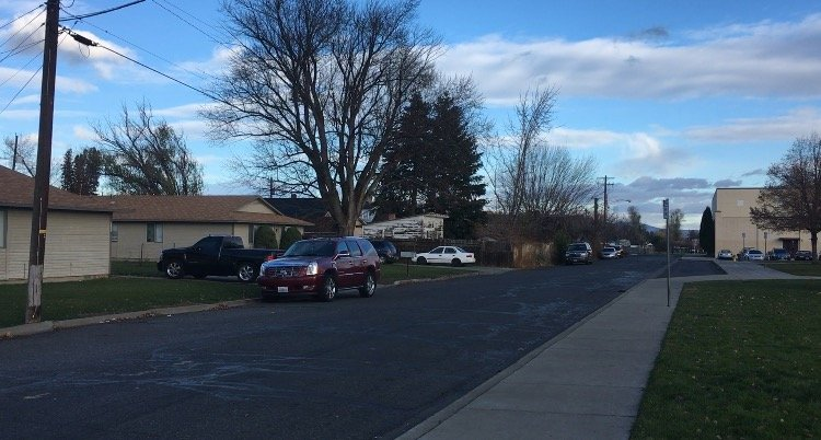 Yakima toddler found crushed under dresser