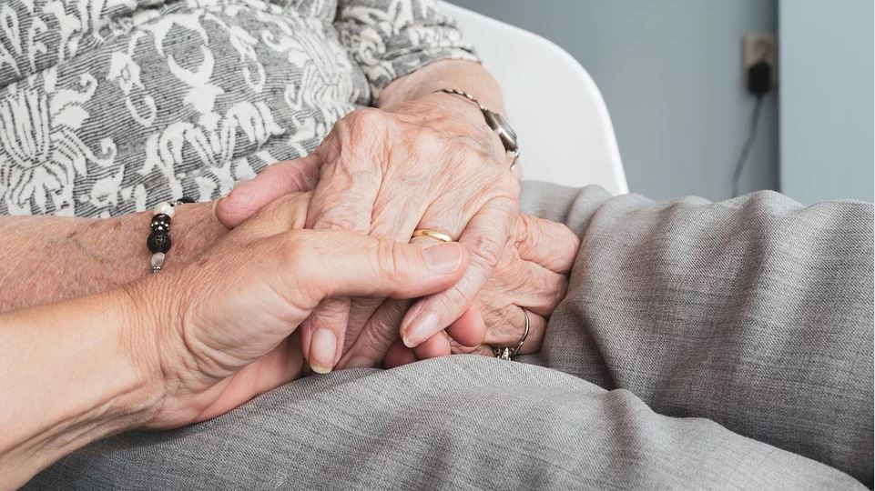 Couple, married 68 years, dies just 1 day apart