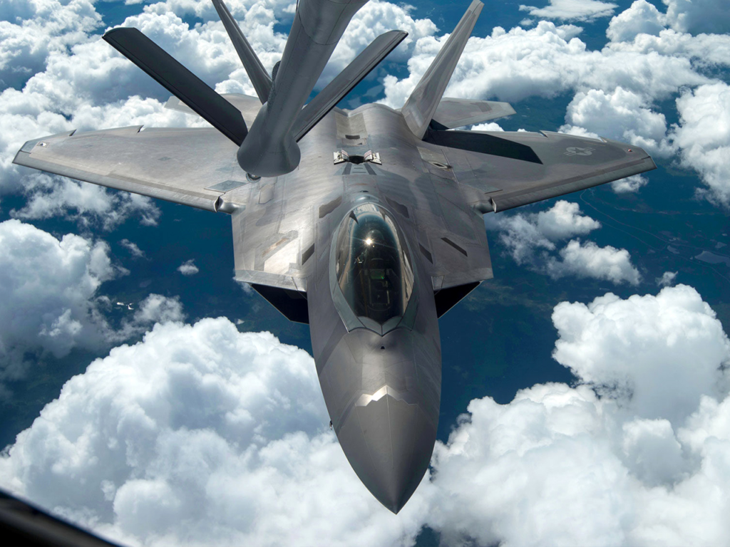 F-22 Raptors to perform at Water Follies airshow