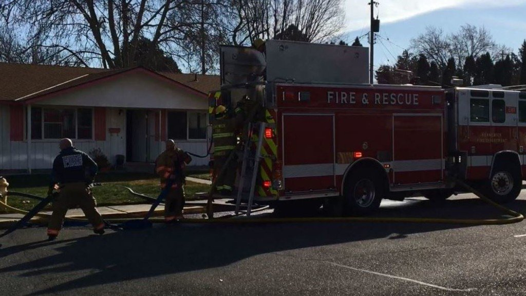 Fire starts in garage of Kennewick home after rags left on hot engine