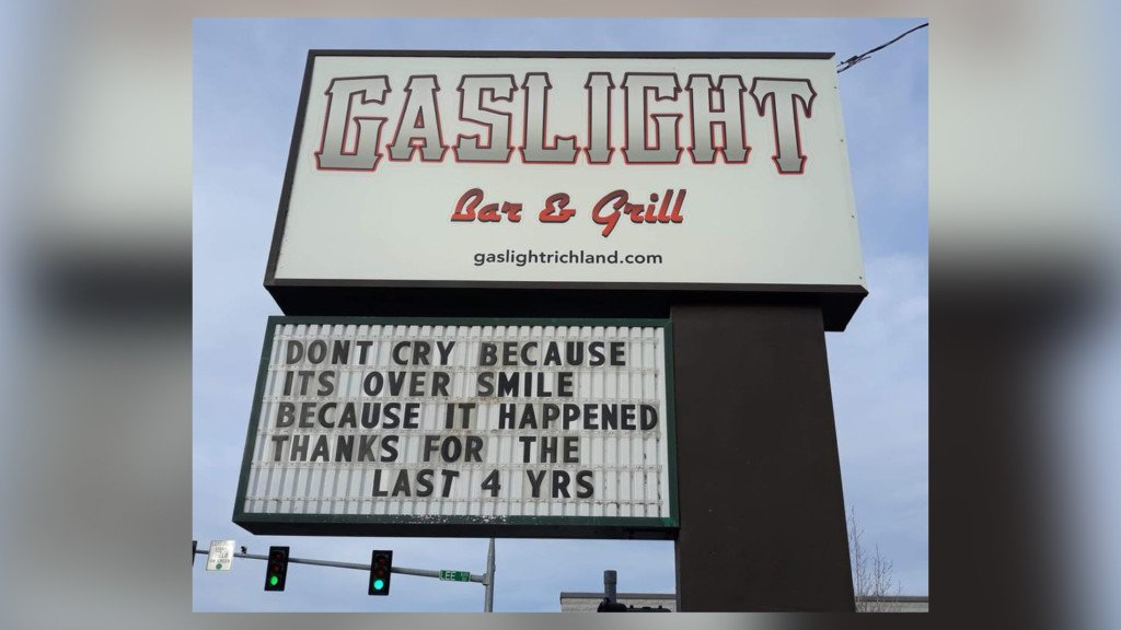 The Dugout sports bar takes over Richland's Gaslight Bar & Grill