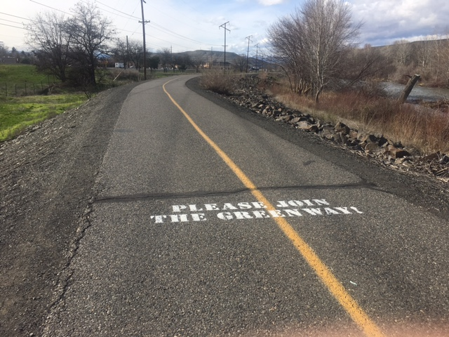 Yakima police investigating alleged assault on the Greenway