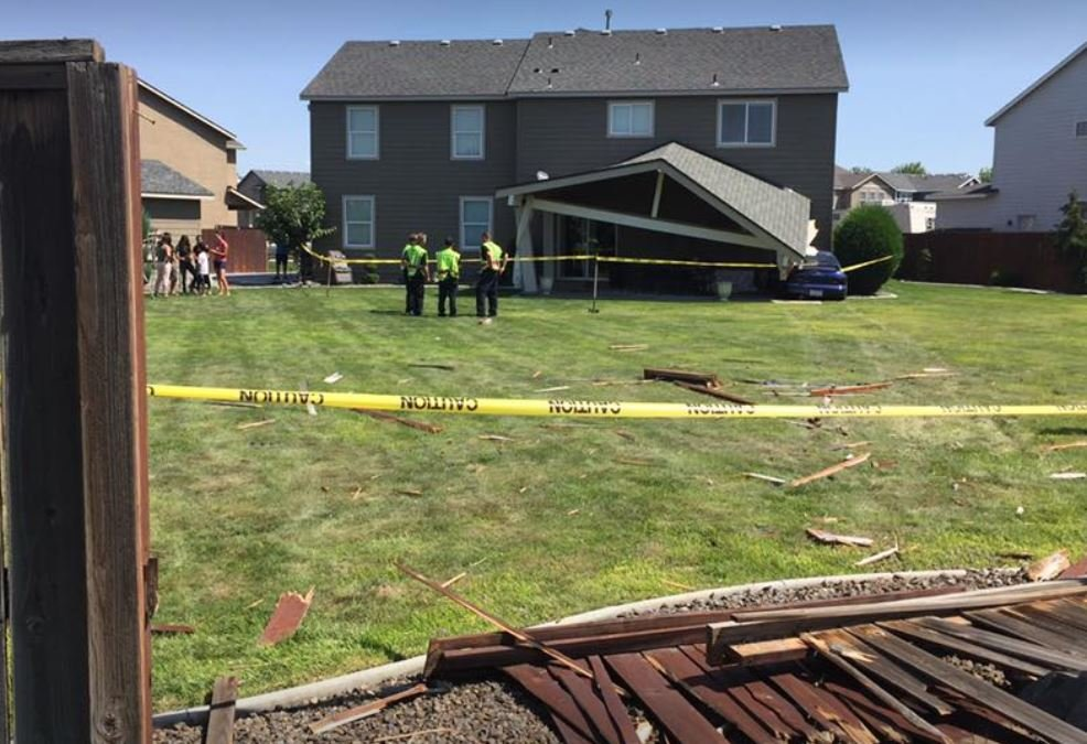 Driver suffers medical emergency, crashes into house
